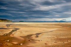 Kust- liggande i den Abel Tasman nationalparken Royaltyfria Bilder