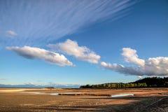 Kust- liggande i den Abel Tasman nationalparken Arkivfoton