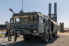 Kust- missillauncher för bastion med Yakhont och för P-800 Oniks anti--skepp missiler tillbaka sikt arkivbilder
