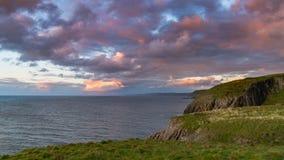 Kust nära Mwnt, Ceredigion, Wales, UK Arkivbilder