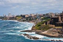 kust steniga Puerto Rico Fotografering för Bildbyråer