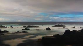 Kust van de baai van Pombas-akaduiven, biscoitos, Terceira-eiland, de Azoren, Portugal royalty-vrije stock afbeeldingen