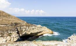 Kust van het Eiland Milos in het Egeïsche eiland royalty-vrije stock afbeeldingen