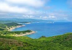 Kust van het overzees van Japan, krai Primorsky. stock afbeelding