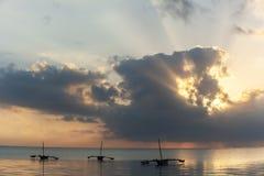 Kust van Mombasa, Kenia, oceaan, wolken, kust Stock Foto
