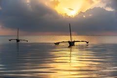 Kust van Mombasa, Kenia, oceaan, wolken, kust Royalty-vrije Stock Foto