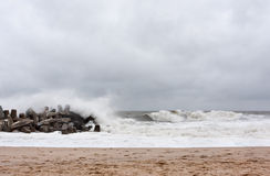 Kust van New Jersey van de Benaderingen van de orkaan de Zandige Royalty-vrije Stock Foto's