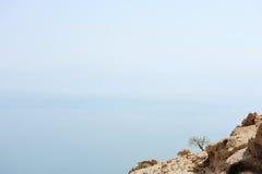 Kusten av det döda havet arkivfoton