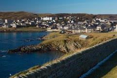 Kusten av Lerwick, huvudstad av Shetland öar Arkivfoto