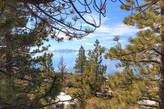 Kusten van Meer Tahoe royalty-vrije stock afbeeldingen