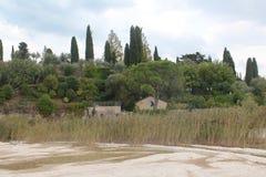 Kuster av sjön Garda arkivbilder