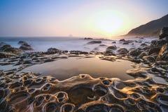 Kustlandskap av sceniskt område för Waimushan sjösida royaltyfria bilder