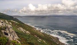 Kustlijn in de oceaan stock afbeelding