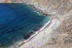 Kustlijn dichtbij Limeni-dorp, de Peloponnesus, Griekenland stock foto's