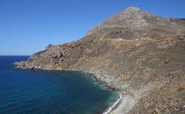 Kustlijn dichtbij Limeni-dorp, de Peloponnesus, Griekenland stock afbeelding
