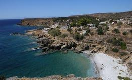 Kustlijn dichtbij Limeni-dorp, de Peloponnesus, Griekenland stock afbeeldingen