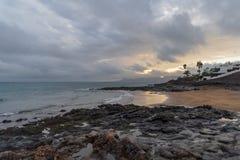 Kustlijn, Lanzarote, Spanje stock afbeelding