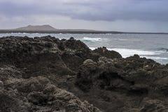 Kustlijn op Lanzarote stock foto's