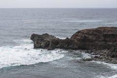 Kustlijn op Lanzarote royalty-vrije stock foto's