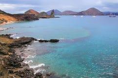 Kustlijn van Bartolome-eiland, het Nationale Park van de Galapagos, Ecuador stock foto