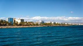 Kustlijn van Limassol, Cyprus Stock Afbeeldingen