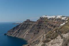 Kustlijn van Santorini stock foto