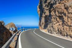 Kustlijnweg op het eiland van Gran Canaria stock afbeelding