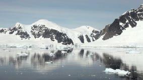 Kustlinje av Antarktis - global uppvärmning - isbildande arkivfilmer
