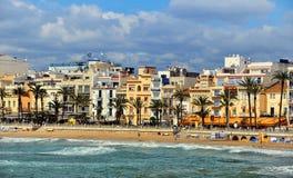Kustlinje av Sitges, Spanien Arkivbilder