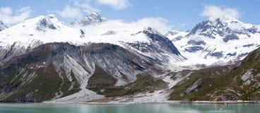 Kustlinje för glaciärfjärd Royaltyfri Fotografi
