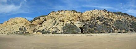 Kustlinje på Crystal Cove State Park, sydliga Kalifornien fotografering för bildbyråer