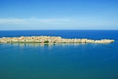 Kustlinjestad Syracuse Sicilien arkivbilder