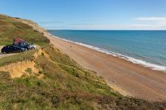 Kustparkeerterrein die Jura de kustzuiden van strandeype Dorset Engeland het UK van Bridport en dichtbijgelegen het Westenbaai ov stock foto