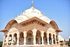 Kusum Sarovar, Ματούρα, Ινδία στοκ εικόνα