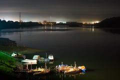 Kuszetka z łodziami w nocy Obraz Royalty Free