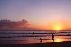 Kuta solnedgång Fotografering för Bildbyråer