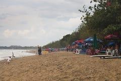 Kuta strand i Bali, Indonesien royaltyfri fotografi