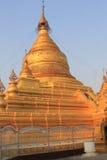 Kuthodaw塔2 图库摄影
