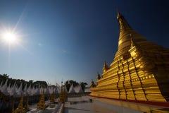 Kuthodaw pagoda blisko Mandalay, Myanmar Obraz Stock