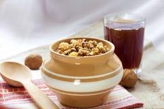 Kutia - pudding doux de grain, le premier plat traditionnel du dîner de réveillon de Noël dans oriental - pays européens Images libres de droits