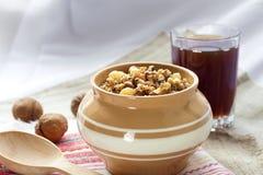Kutia - söt kornpudding, den traditionella första maträtten av julaftonkvällsmålet i östligt - europeiska länder Royaltyfri Bild