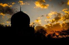 Kutub Shahi gravvalv - Hyderabad Fotografering för Bildbyråer