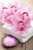 Kuuroord en bad met orchideeën Royalty-vrije Stock Foto