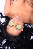 Kuuroord - Gezichts met Komkommer royalty-vrije stock fotografie