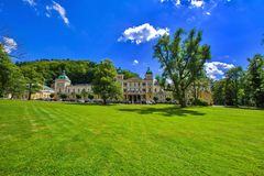 Kuuroordarchitectuur - kleine kuuroordstad in West-Bohemen - Marianske Lazne Marienbad - Tsjechische Republiek stock foto