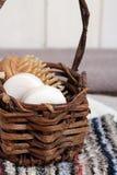 Kuuroordhoofdzaak met inbegrip van zepen, handdoeken, wasdoeken en borstel Stock Foto's