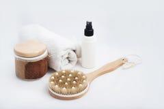 Kuuroordproducten sommige badtoebehoren Royalty-vrije Stock Afbeeldingen