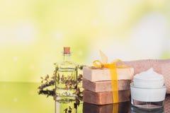 Kuuroordproducten voor gezichts en lichaamsverzorging Stock Foto
