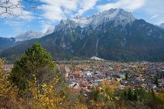 Kuuroordstad mittenwald van vooruitzichtpunt Royalty-vrije Stock Afbeeldingen