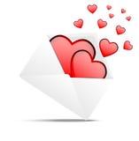 Kuvert med hjärtor till dagen av helgonet Valentin Arkivbild